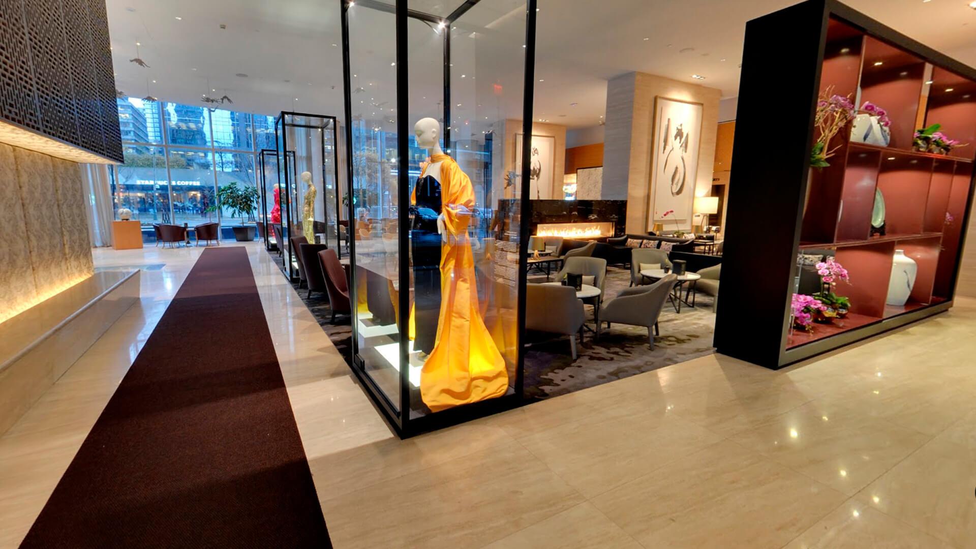 Shangri-La Hotel Toronto lobby